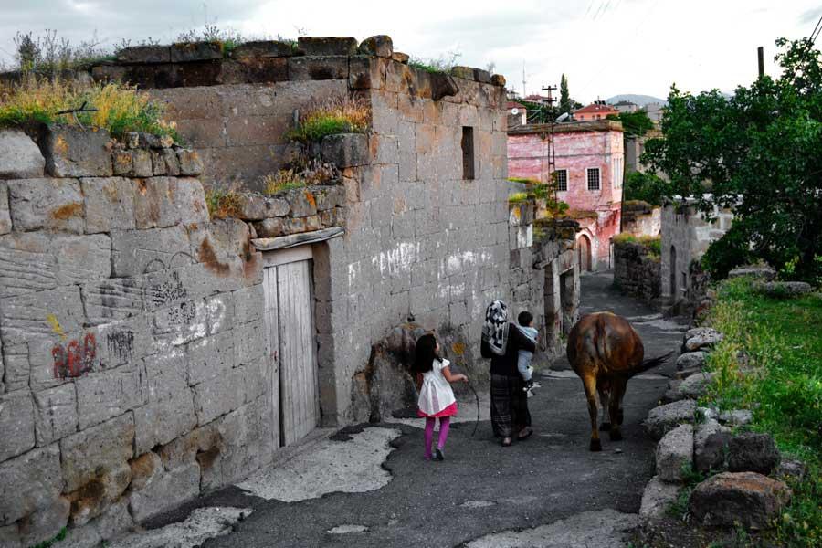İç Anadolu bölgesi gezilecek yerler Aksaray Güzelyurt fotoğrafları - Guzelyurt streets, Aksaray photos Central Anatolia Region