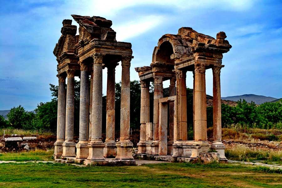 Afrodisias antik kenti fotoğrafları Tetrapylon - Tetrapylon, Aphrodisias ancient city photos