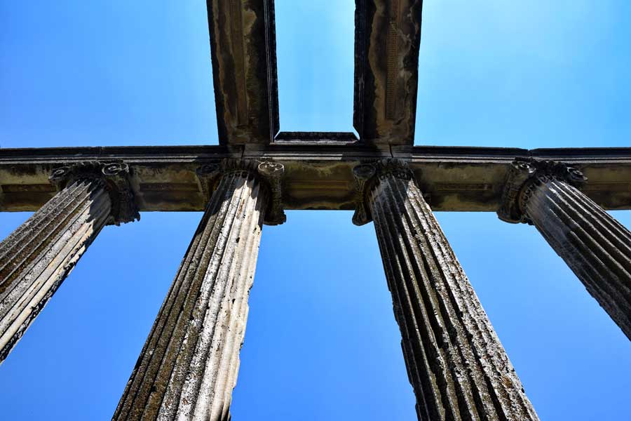 Aizanoi antik kenti fotoğrafları Zeus tapınağı sütunları, Çavdarhisar Kütahya - Aizanoi ancient city columns of Zeus temple, Turkey