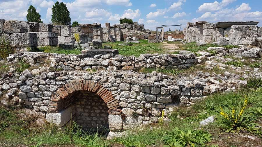 Aizanoi antik kenti yapıları, Hamam ve Palaestra kompleksi, Çavdarhisar Kütahya - Aizanoi ancient city the Bath and Paleastra complex, Turkey