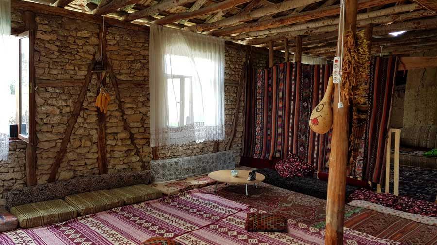 Aizanoi tarihi Çavdarhisar ev içi Kütahya - Cavdarhisar houses interior, Kütahya, Turkey
