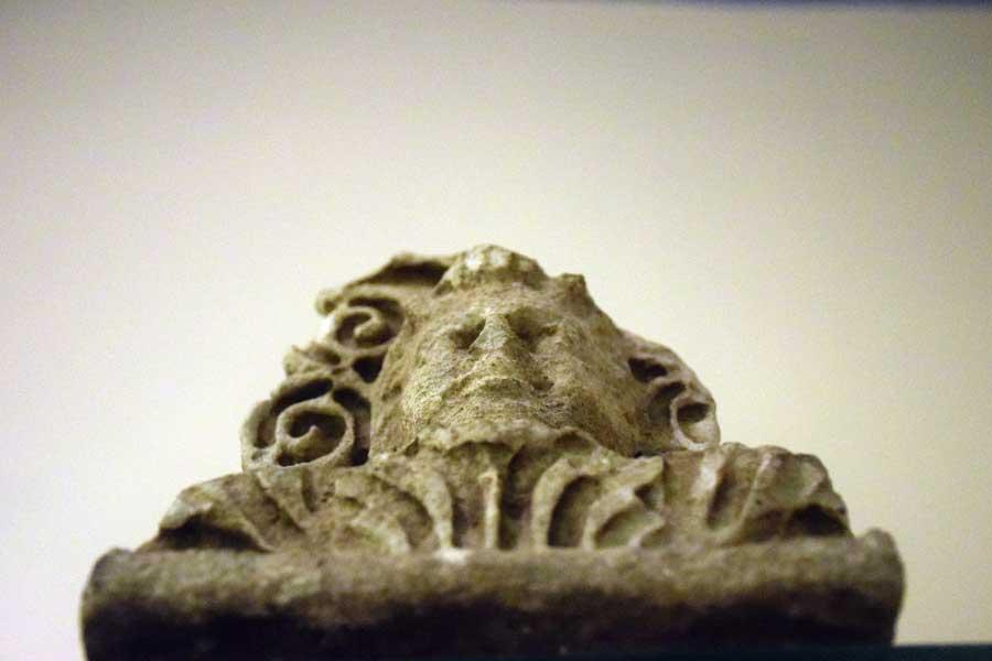 Bandırma Arkeoloji Müzesi Roma dönemi Akroter - Bandirma Archaeological Museum Akroterion of Roman Period, Turkey