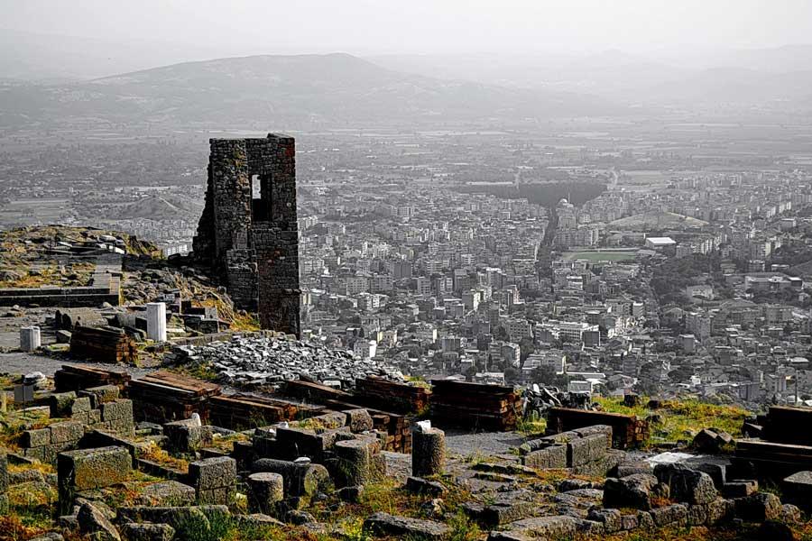 Bergama fotoğrafları, Pergamon Akropolisten Bergama'ya bakış - View of town from Acropolis, Pergamon photos