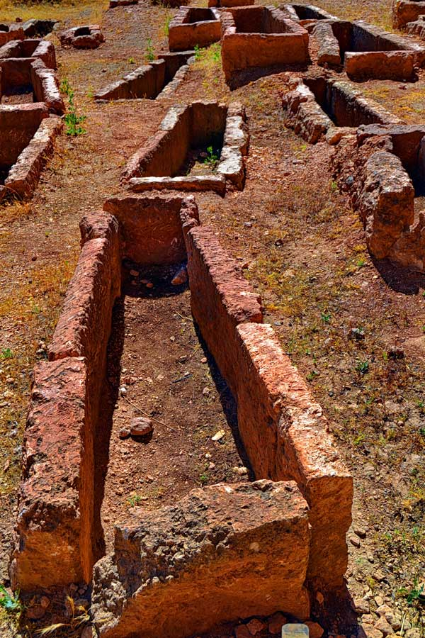 Dara Antik Kenti mezarlık alanı, Mardin Dara antik kenti fotoğrafları - Necropol, Mesopotamian Ruins of Dara photos