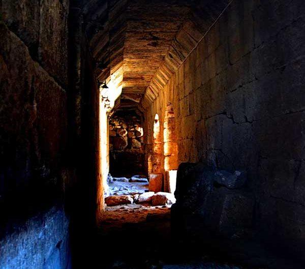 Dara Antik Kenti yeraltı su sarnıcı, Mardin Dara antik kenti fotoğrafları - underground water cistern, Mesopotamian Ruins of Dara photos Southeast Anatolia Region Turkey