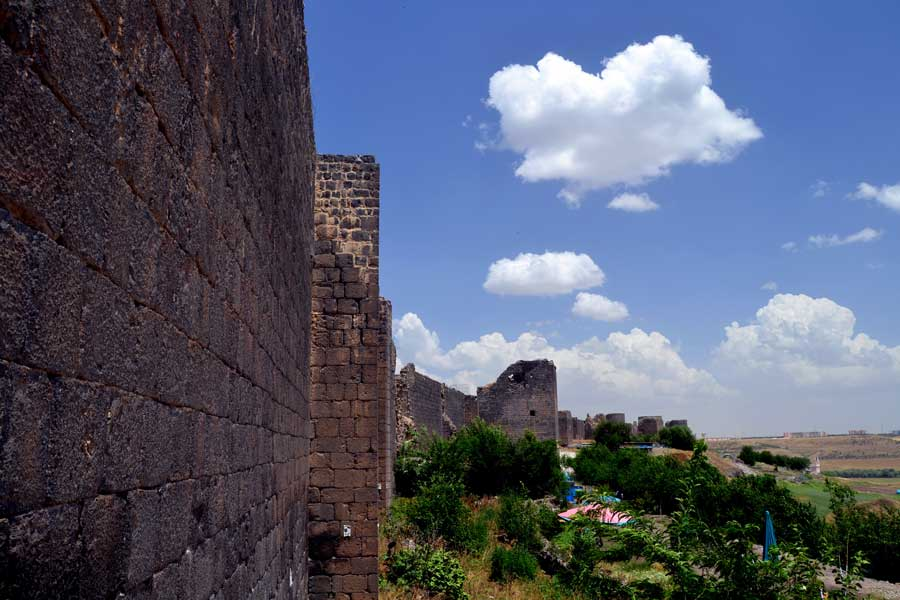 Diyarbakır Tarihi Kenti Gezilecek Yerleri ve Yapılacaklar