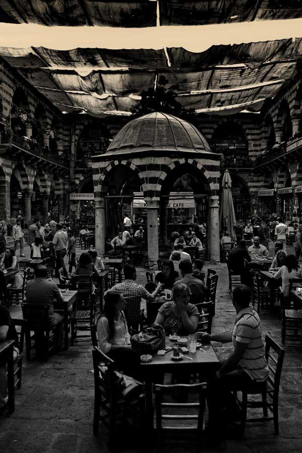Hasan Paşa Hanı Diyarbakır fotoğrafları - Southeastern Anatolia Historical Hasan Pasa Inn courtyard, Diyarbakir photos