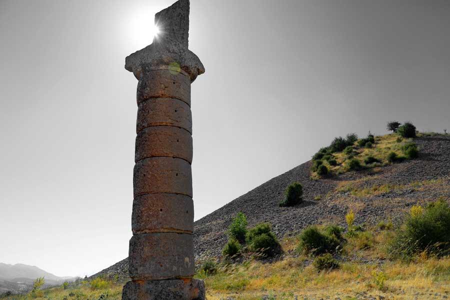 Karakuş tepesi Nemrut Dağı Milli Parkı fotoğrafları - Karakus Tumulus Mt. Nemrut National Park photos