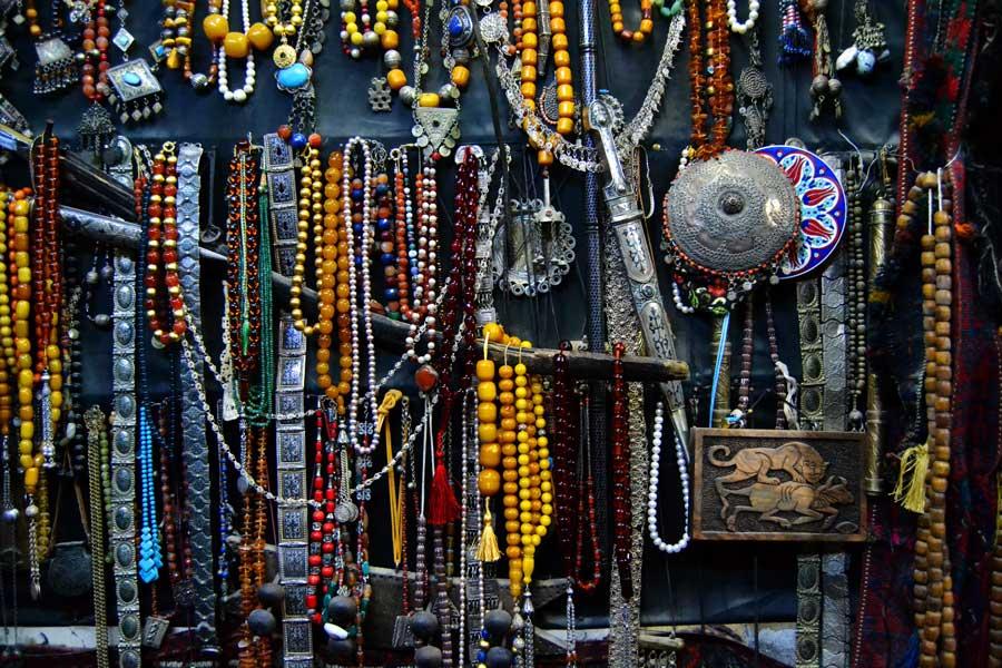 Mardin eskici dükkanı, Mardin fotoğrafları - Southeastern Anatolia, flea shop at Mardin