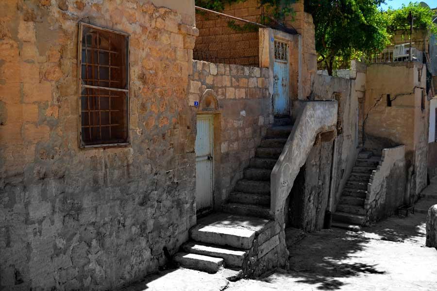 Mardin taş sokak fotoğrafları - Southeastern Anatolia, stone street at Mardin