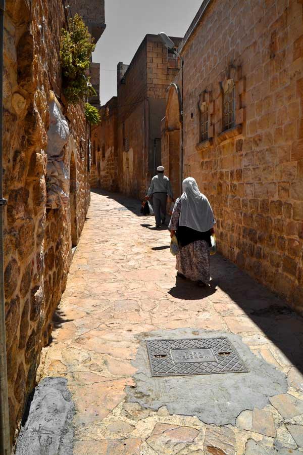 Mardin taş sokak fotoğrafları - Southeastern Anatolia, streets of Mardin photos