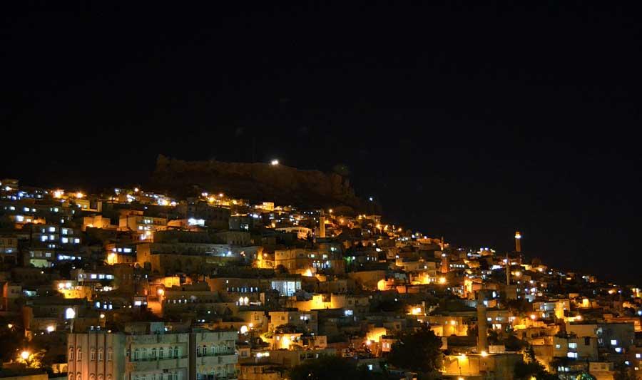 Mardin'de gece fotoğrafları - Southeastern Anatolia, night at Mardin