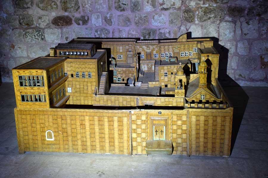 Mor Gabriel Manastırı'nın kibritlerden yapılmış maketi, Midyat Türkiye - model of the Mor Gabriel Monastery made entirely from matches, Mardin Turkey