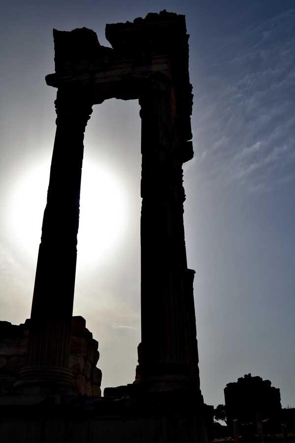Pergamon Trajan tapınağı, Pergamon antik kenti fotoğrafları - Trajaneum, Pergamon photos