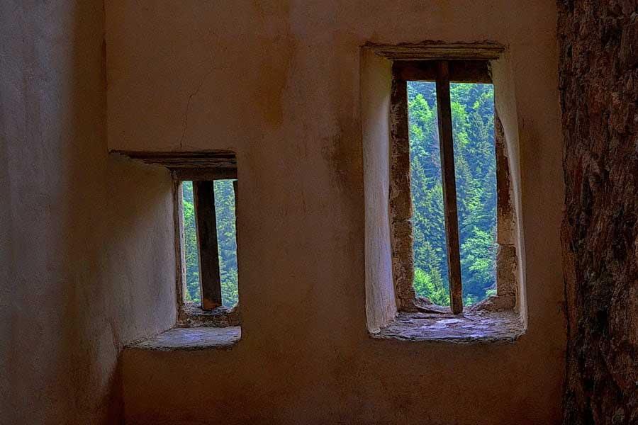 Sümela manastırı içeriden pencereler, Sümela manastırı fotoğrafları - windows, Sumela monastery photos