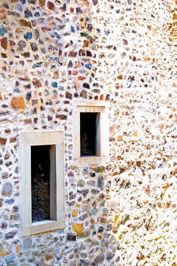 Sümela manastırı restore edilmiş bölüm ve pencereler, Sümela manastırı fotoğrafları - windows, Sumela monastery photos