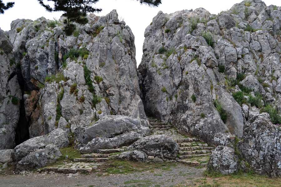 Yazılıkaya açık hava tapınağı fotoğrafları Çorum - Yazilikaya Hittite open air temple photos Central Anatolia Turkey