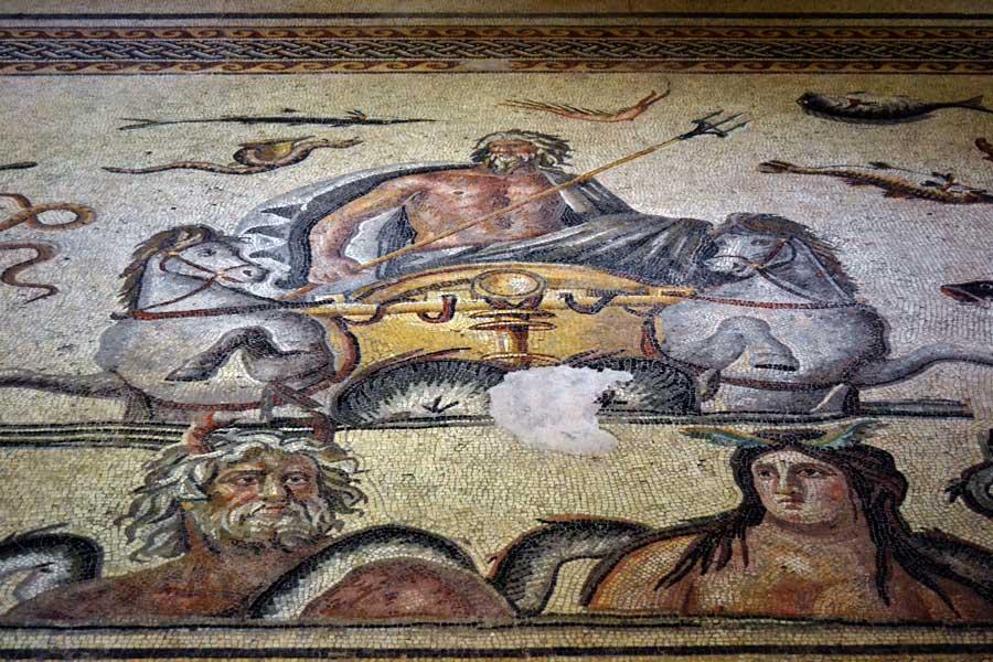 Zeugma Mozaik Müzesi Poseidon, Okeanos ve Tethys Mozaiği - Poseidon, Oceanos and Tethys mosaic at Zeugma Mosaic Museum Turkey