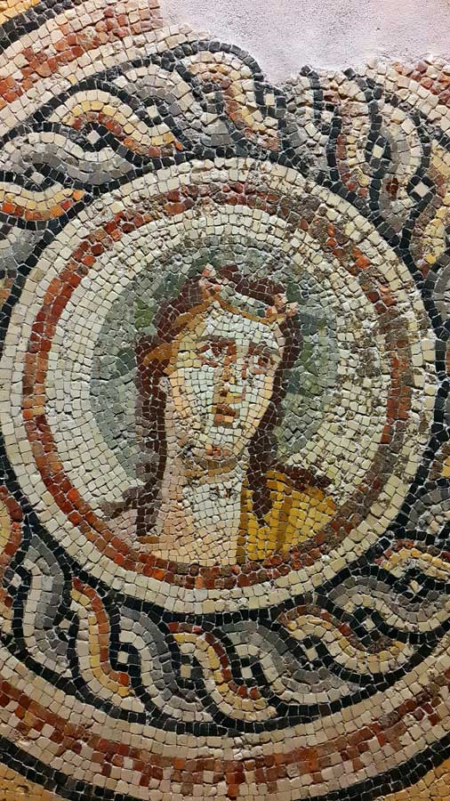 Zeugma Mozaik Müzesi Yunan şarap ve bağbozumu tanrısı Dionysos mozaiği - Ancient Greek wine and grape harvest god Dionysus mosaic, Zeugma Mosaic Museum