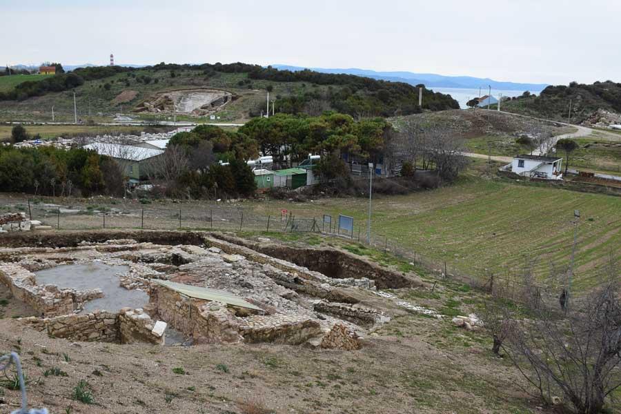 Çanakkale antik kentleri Parion antik kenti fotoğrafları, Kemer Biga yamaç evleri ve hamam - sloped building and bath, Parion ancient city photos