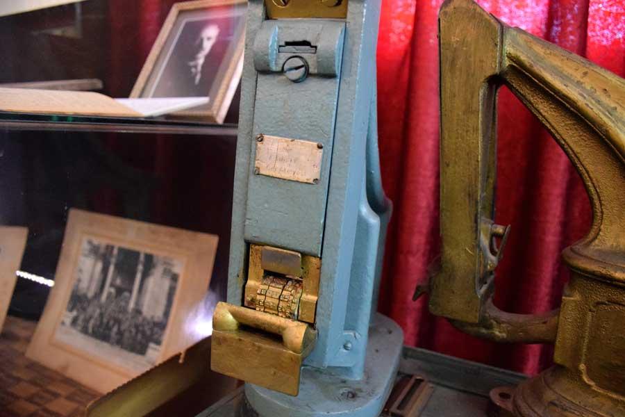 İstanbul Demiryolu Müzesi fotoğrafları bilet Kompostörü - Ticket Compressor, Istanbul Railway Museum