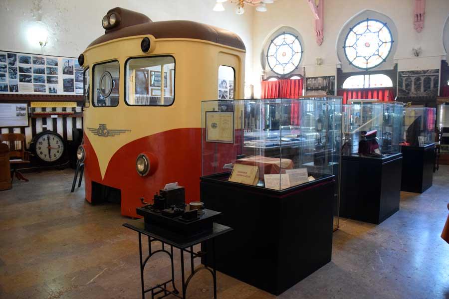 İstanbul Demiryolu Müzesi içi - Istanbul Railway Museum