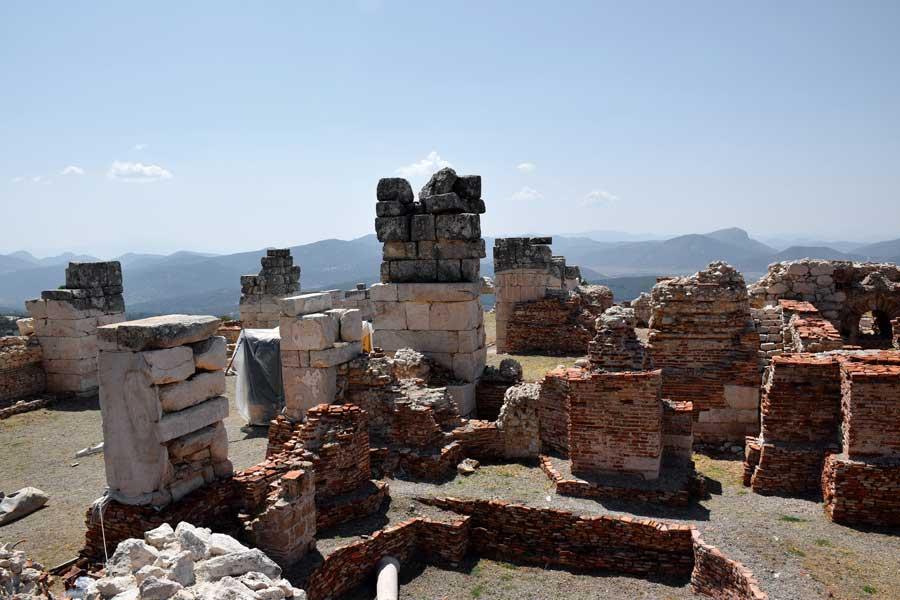 Akdeniz gezilecek yerler Sagalassos antik kenti mermer salon veya imparatorluk salonu - Sagalassos ancient city the marble hall or imperial hall