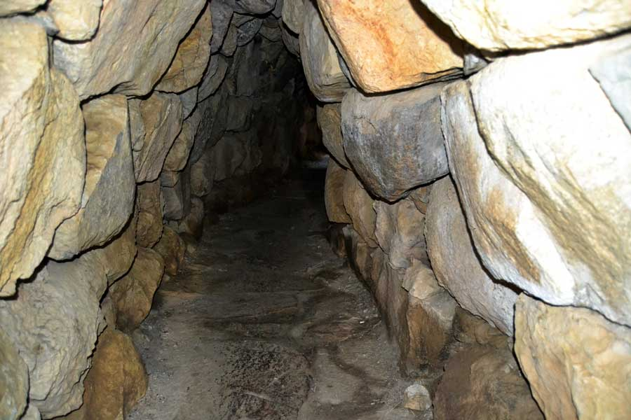 Alacahöyük Antik Kenti ve Müzesi, Kral Mezarları Bilgileri