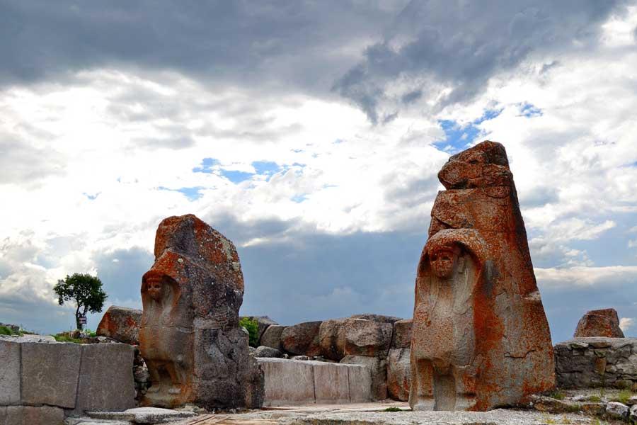 Alacahöyük fotoğrafları, sfenksli kapı, Çorum - Alacahöyük sphinx gate, Turkey