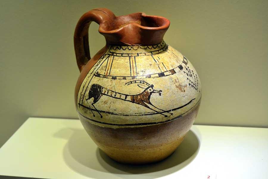 Alacahöyük müzesi, Frig dönemi keramik, (M.Ö. 900 - 330) Çorum - Alacahöyük museum, Phrygian period ceramic (B.C 900 - 330), Turkey