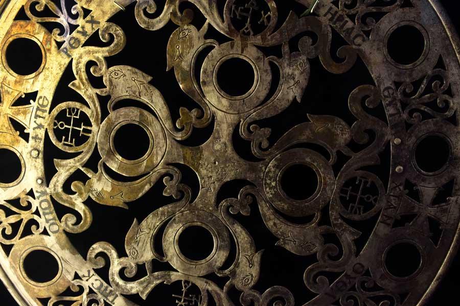 Antalya Müzesi eserleri Korydalla definesi parçaları Sikke küçük eserler ve ikonlar salonu - Antalya Archaeological Museum Korydalla treasure