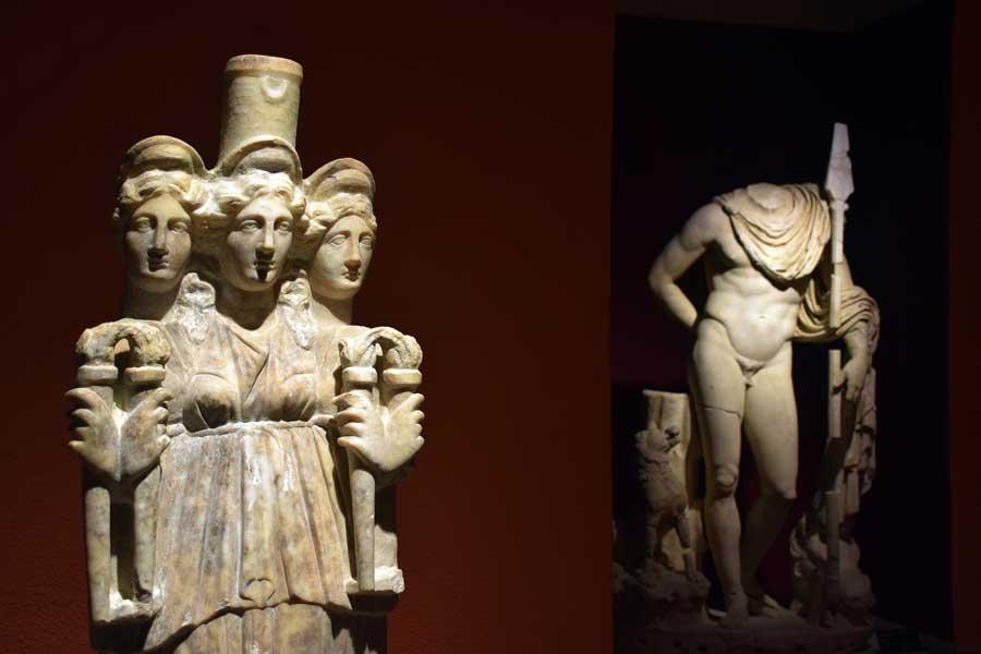 Antalya Müzesi fotoğrafları Hekate heykeli - Antalya Archaeological Museum Hecate statue