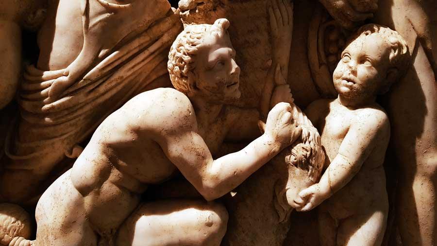 Antalya Müzesi fotoğrafları Lahitler Salonu Attika tipi Dionysiak Lahit Perge İ.S. III.yy - Antalya Archaeological Museum Dionysiac sarcophagus A.D. 3.td Century