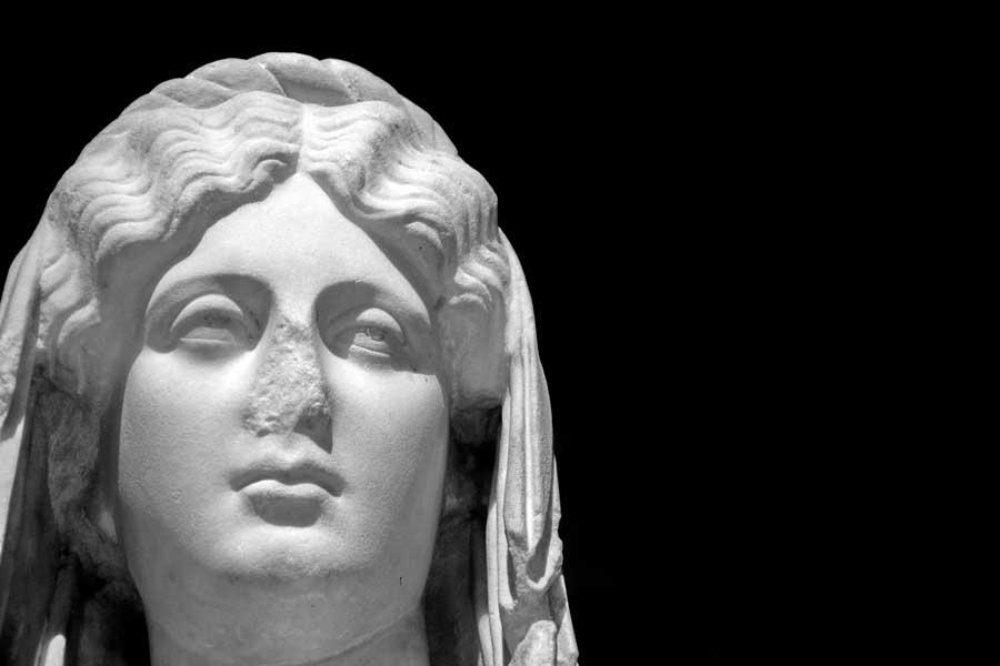 Antalya Müzesi Tanrılar ve Tanrıçalar Salonu Genç Faustina heykeli İ.S. 2.yy - Antalya Archaeological Museum God and Godess Hall Young Faustina statue, 2nd Cent. A.D.