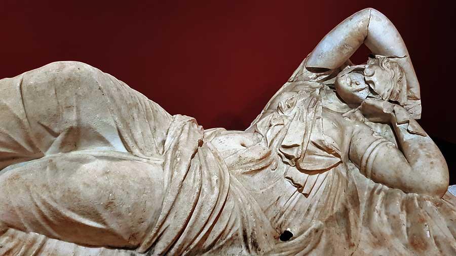 Antalya Müzesi fotoğrafları Ariadne lahit kapağı - Antalya Museum Ariadne Lid of Sarcophagus