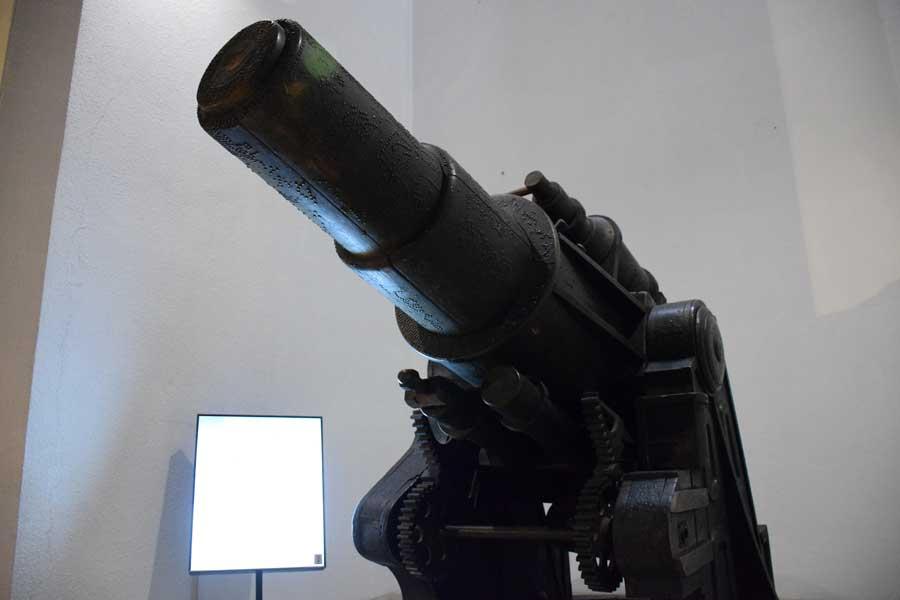 Askeri Müze fotoğrafları Kahramanlık Anıtı Top - Cannon Monument of Heroism, Military Museum