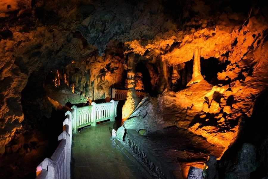 Burdur İnsuyu mağarası - The mediterranean region Insuyu cave