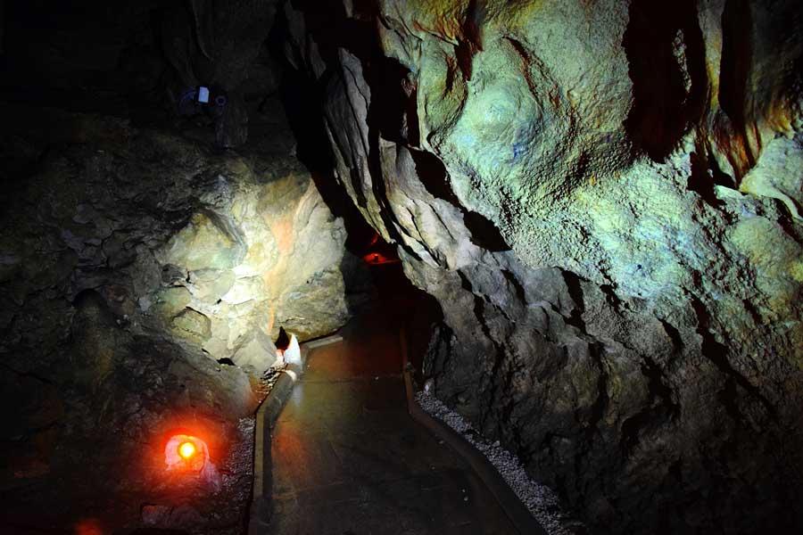 Burdur İnsuyu mağarası fotoğrafları - Turkey, the mediterranean region Insuyu cave