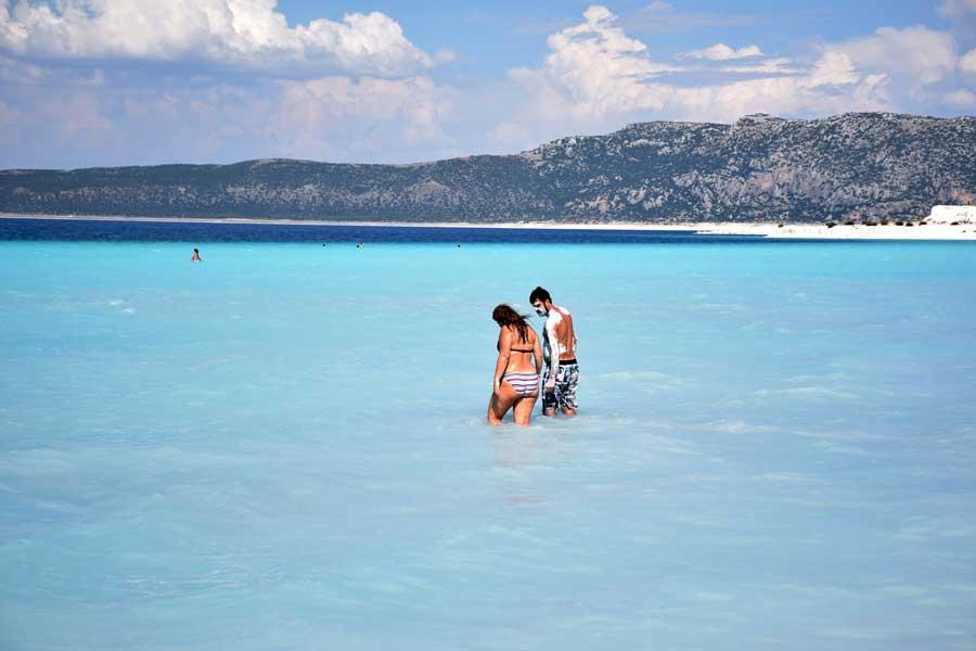 Burdur Salda gölü fotoğrafları turkuaz rengi - Turkey turquoise color of Salda Lake