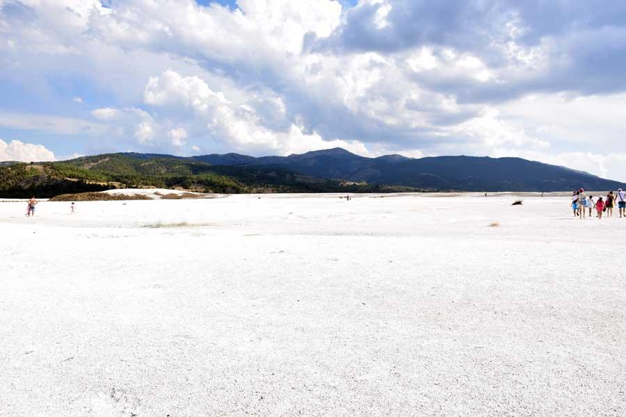 Burdur Salda gölü kumsalı - Turkey the Mediterranean region Salda Lake beach