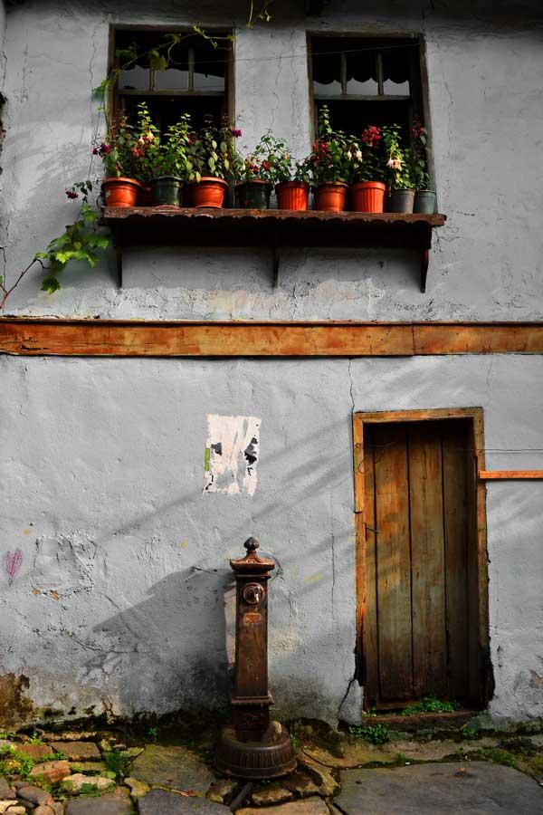 Bursa Cumalıkızık fotoğrafları, tarihi geleneksel Cumalıkızık köyü evleri Marmara bölgesi - Historical typical Cumalikizik Village houses
