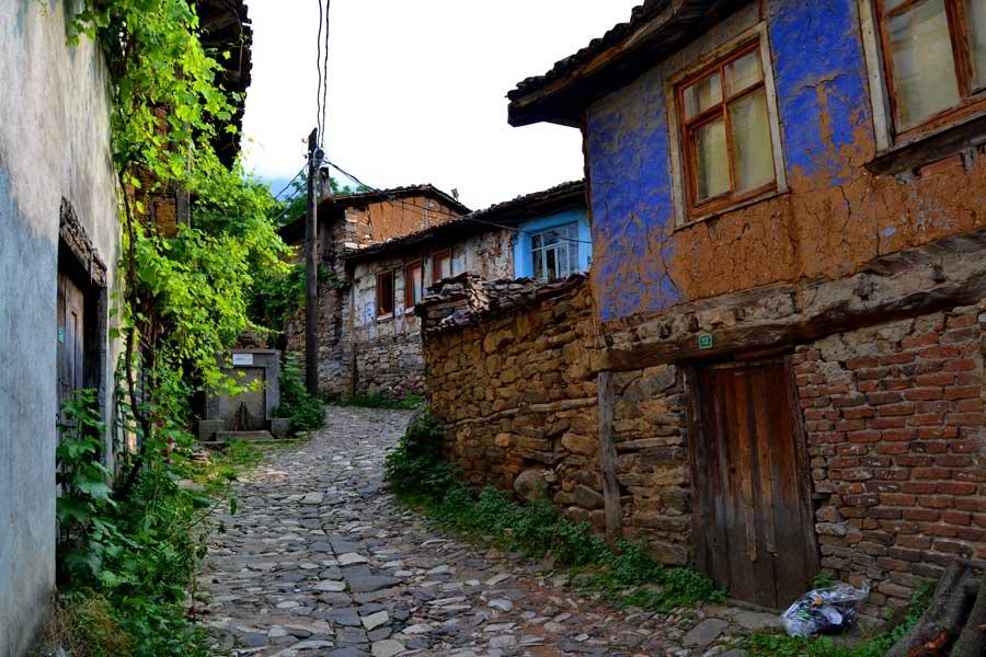 Cumalıkızık fotoğrafları Cumalıkızık tarihi köyü sokakları - Street of historical Cumalikizik Village