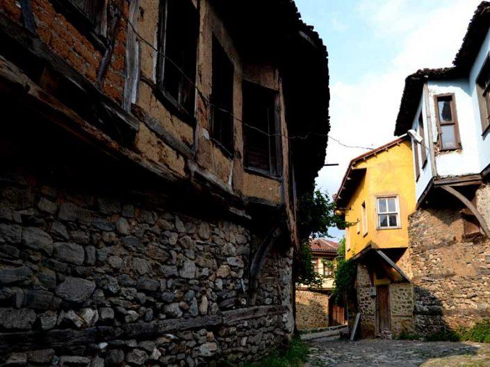 Cumalıkızık fotoğrafları tarihi Cumalıkızık Osmanlı köyü sokakları - Street of historical Cumalikizik Village
