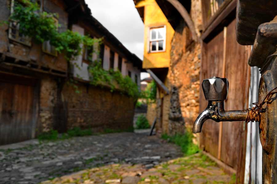 Cumalıkızık fotoğrafları, tarihi Cumalıkızık köyü sokakları - Street of historical Cumalikizik Village