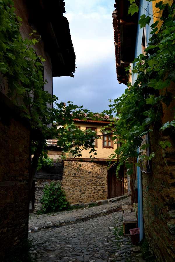 Cumalıkızık fotoğrafları, tarihi geleneksel Cumalıkızık köyü evleri - Historical typical Cumalikizik Village houses