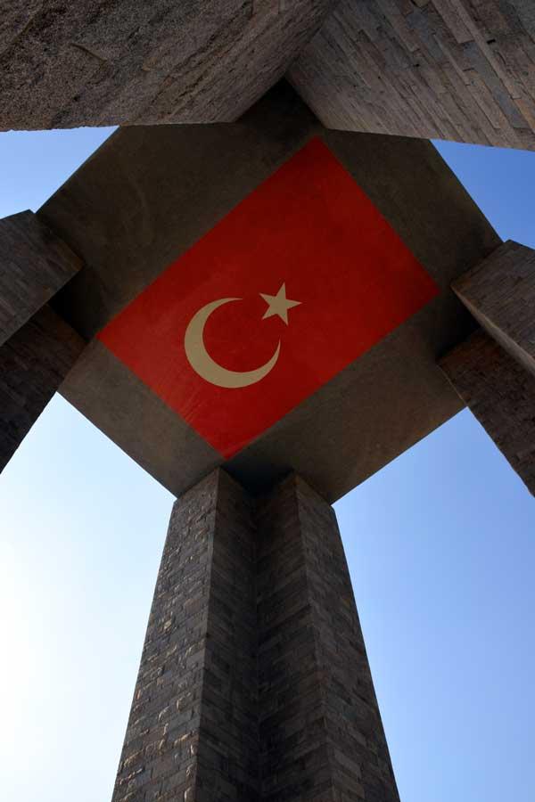 Gelibolu Şehitler abidesi veya Şehitler anıtı - Canakkale Martyrs' Memorial, Gallipoli photos