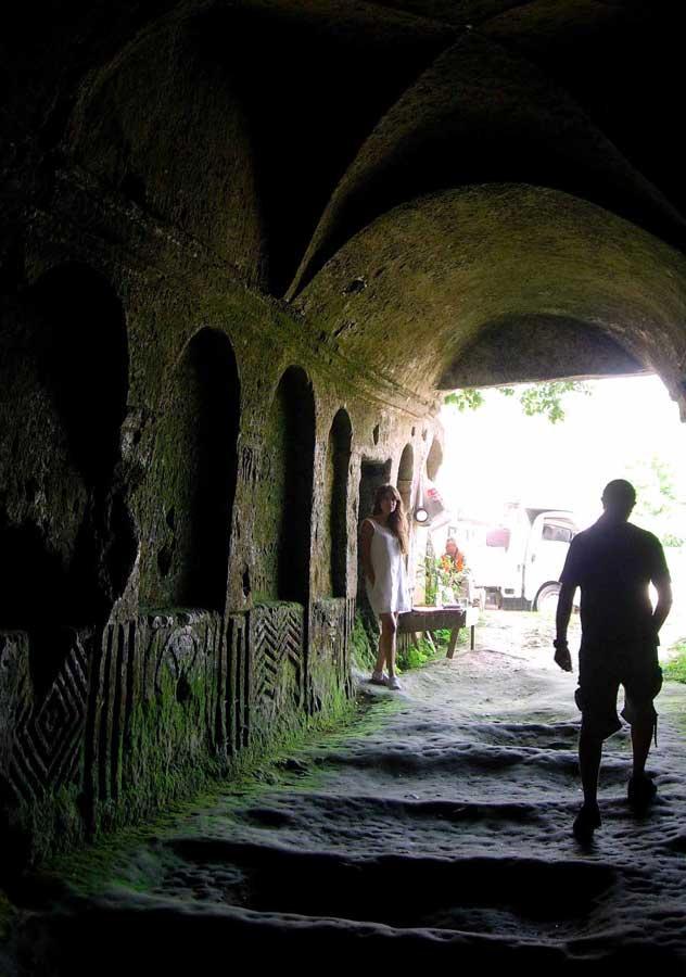 Gelibolu Dupnisa güzergahı Aya Nikola manastırı içi tarihin içinde dolaştık - walked through the history in Aya Nikola monastery ruins in Kiyikoy