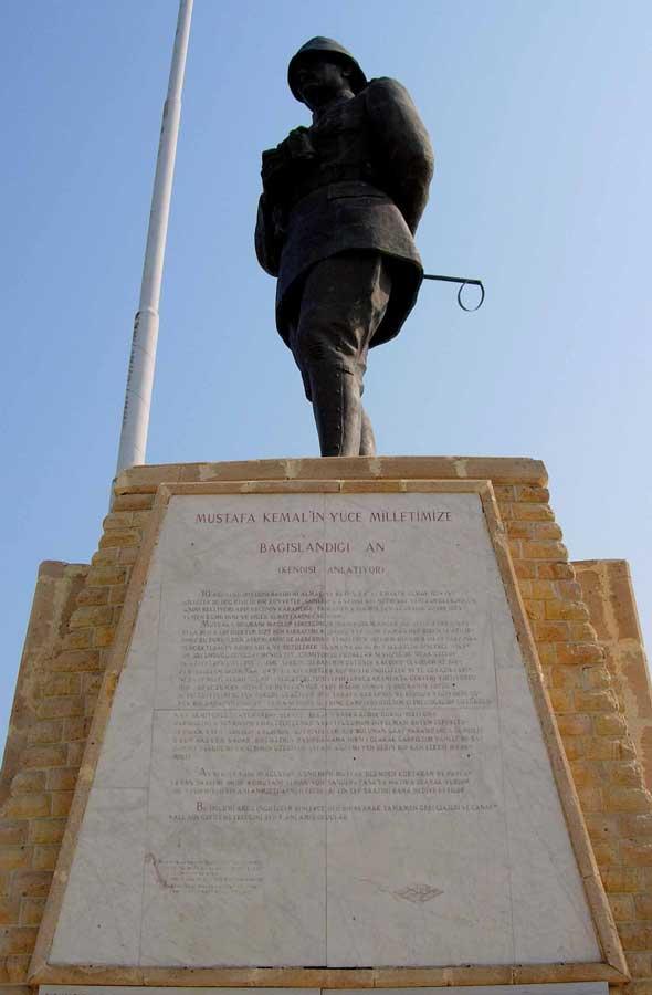 Gelibolu güzergahları Mustafa Kemal Paşa'nın gölgesinde dinlendik