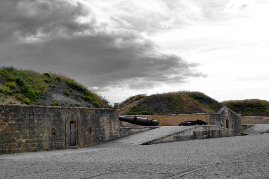 Gelibolu gezilecek yerler Yahya Çavuş tabyası - Gallipoli Yahya Çavuş Redoubt, V Beach