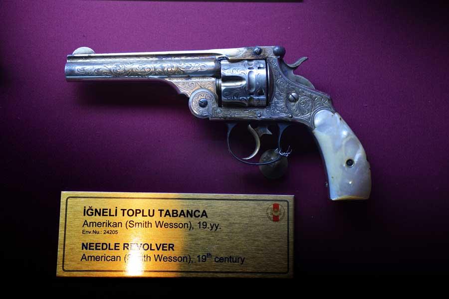 Harbiye Askeri Müzesi eserleri İğneli Toplu Tabanca, Smith Wesson 19.yy. - Istanbul Military Museum Needle revolver, 19th Century